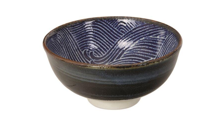 0fa0946ffb Hagyományos díszítésű japán kerámia teás csésze nagy hullámokkal